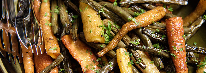 Balsamic Roasted Carrots and Green Beans