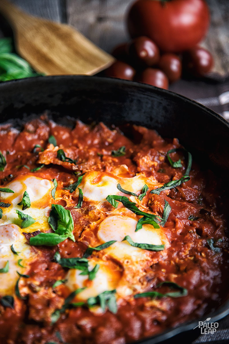 Paleo egg recipes poached eggs in pizza sauce forumfinder Choice Image