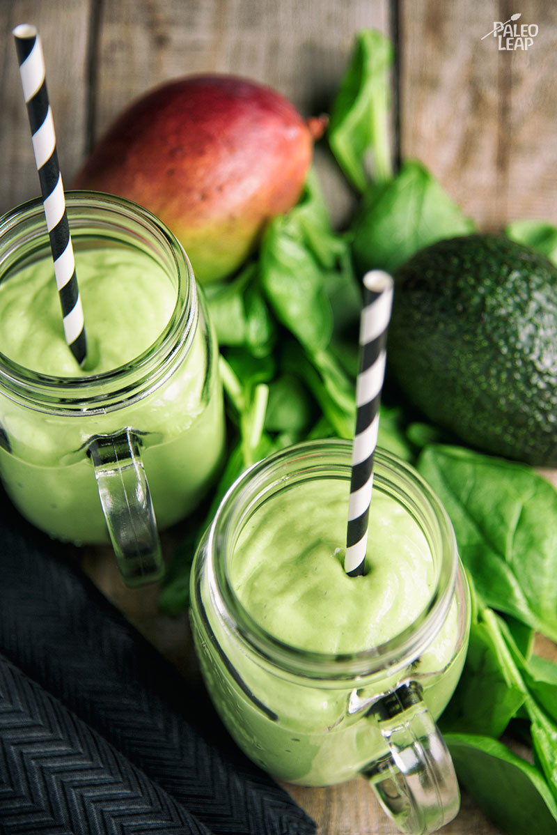 Mango, Avocado, And Spinach Smoothie