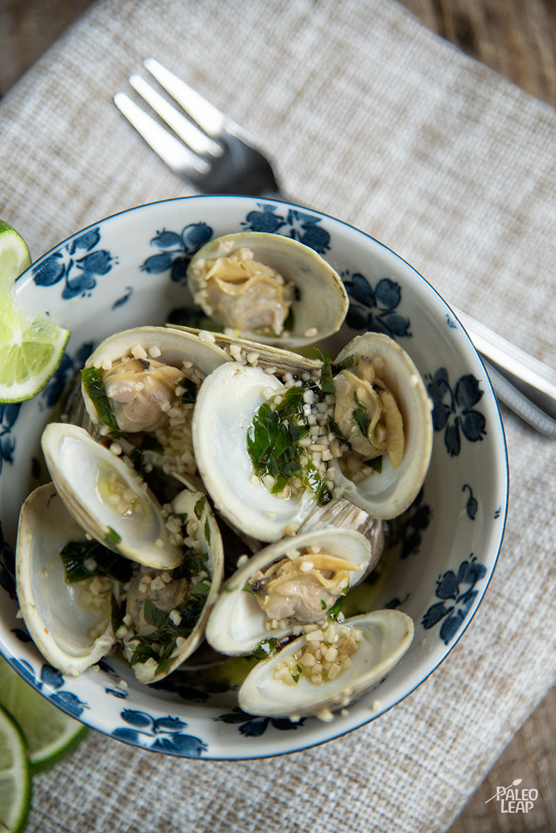 Steamed Garlic Clams