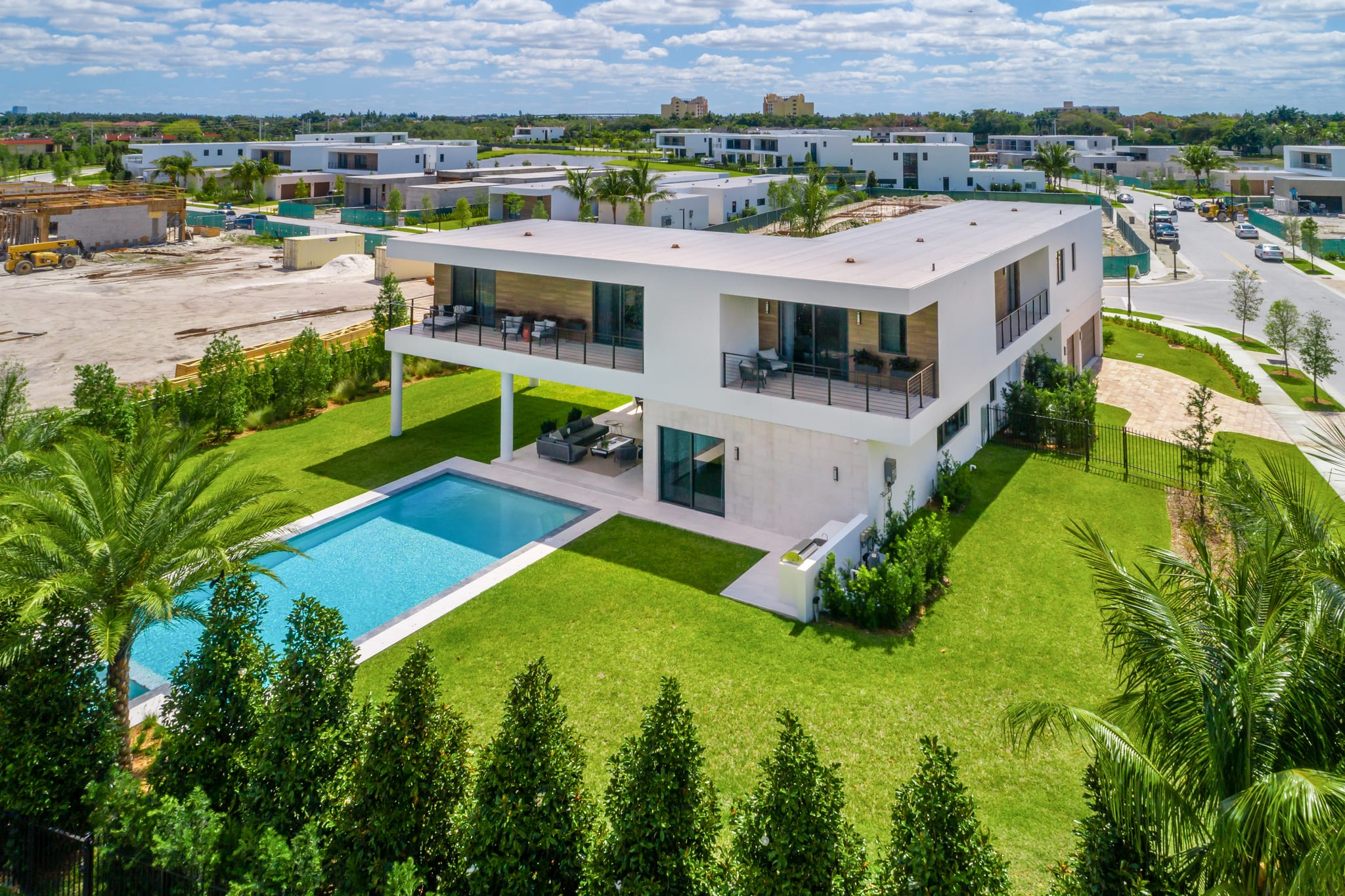 featured image of property, Oppenheim Luxury Residence 03A-W