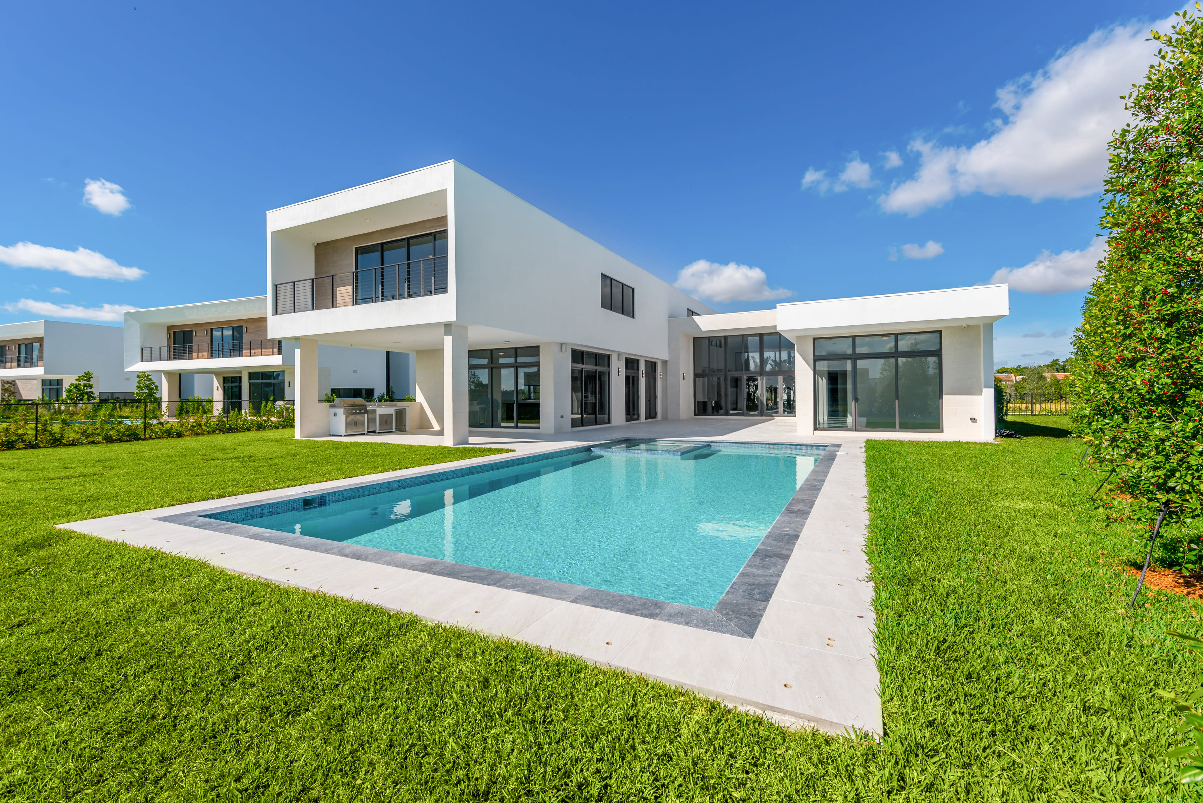 featured image of property, Oppenheim Luxury Residence 05A-W
