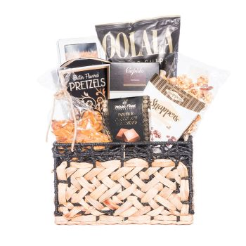 Peter & Paul's Gifts Sweet & Salty Small Gift Basket