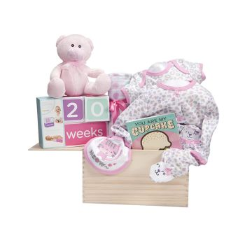 Peter & Paul's Gifts Baby Girl - Watch Me Grow Wooden Crate Gift Set