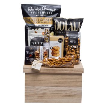 Peter & Paul's Gifts Snacks 'n Such Large Gift Basket