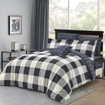 Twin Ducks Dynasty 4-Piece Printed Duvet Cover Set - White/Black - Queen