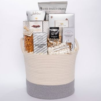 Peter & Paul's Gifts Sweet & Salty Gift Basket