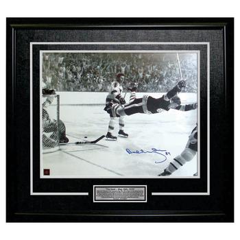 Frameworth Bobby Orr Signed 16x20 Framed Bruins The Goal - Black/White