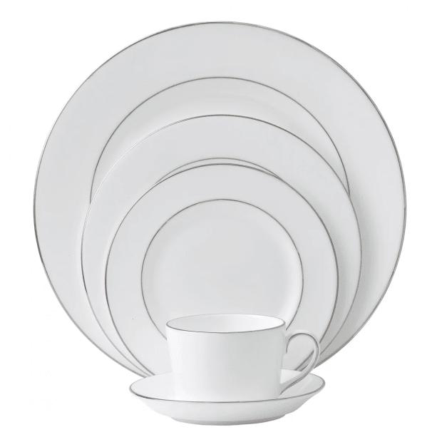 Royal Doulton Signature Platinum 20-Piece Dinnerware Set