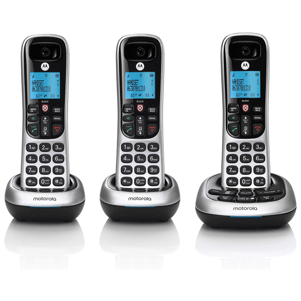 Motorola Digital Cordless Phone with Answering Machine - 3 Handsets #1