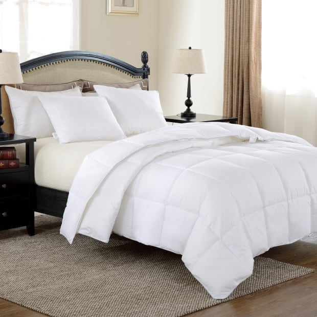 North Home Down Alternative Duvet with 230TC Cotton Shell - King - 53oz #1