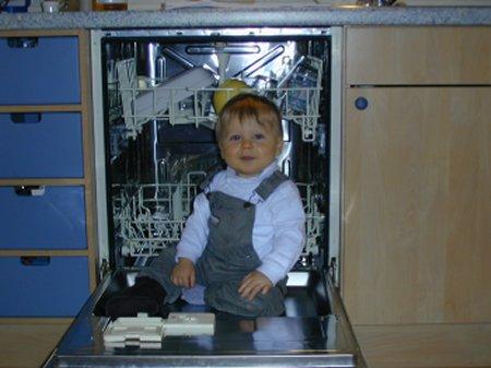 dishwasher: