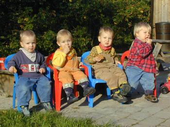 birthgroup.jpg: