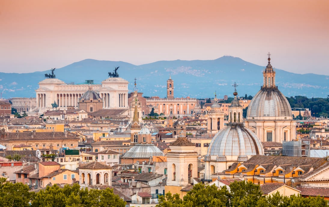 Skyline of Roman landmarks