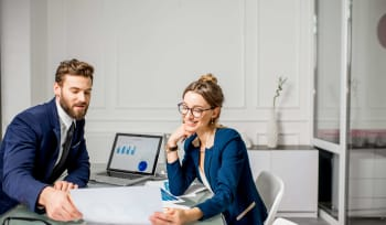 How does a Manager benefit from an excellent working relationship with their Assistant?