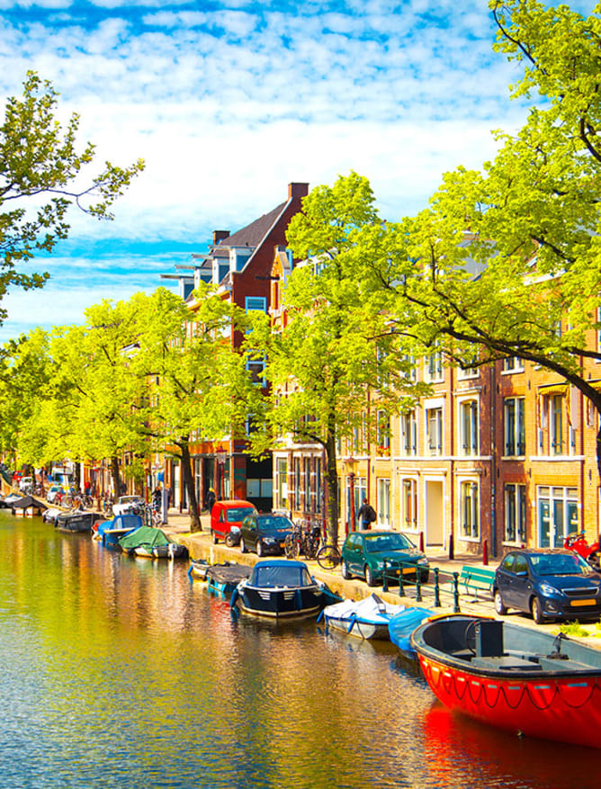 Canals in the sun, Amsterdam