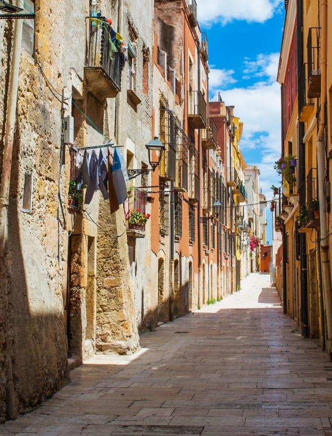 Old street in Cataluña
