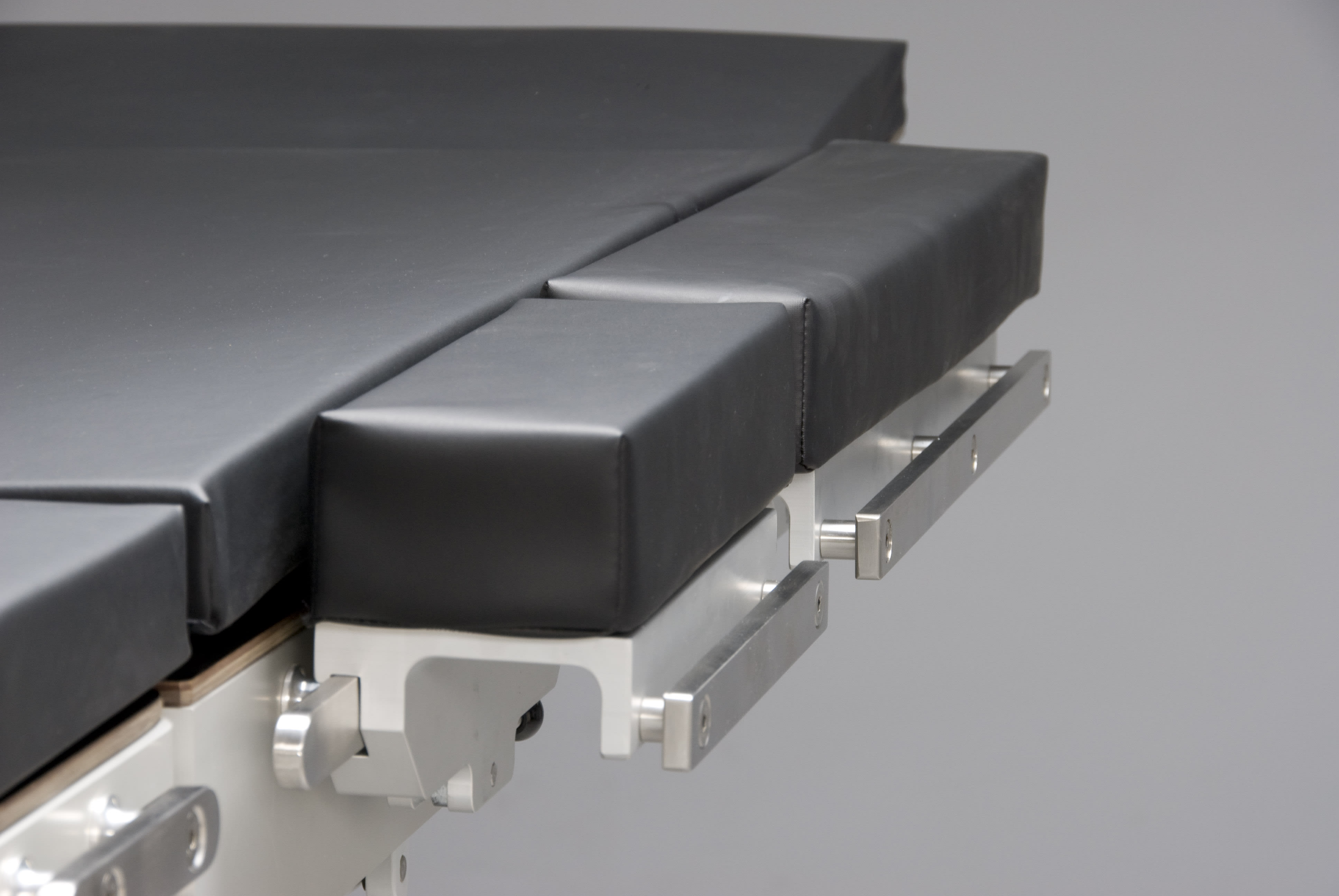 Operation Table Widening Section - for EU Side Bar - L445 x W125 x D85mm - includes Pad
