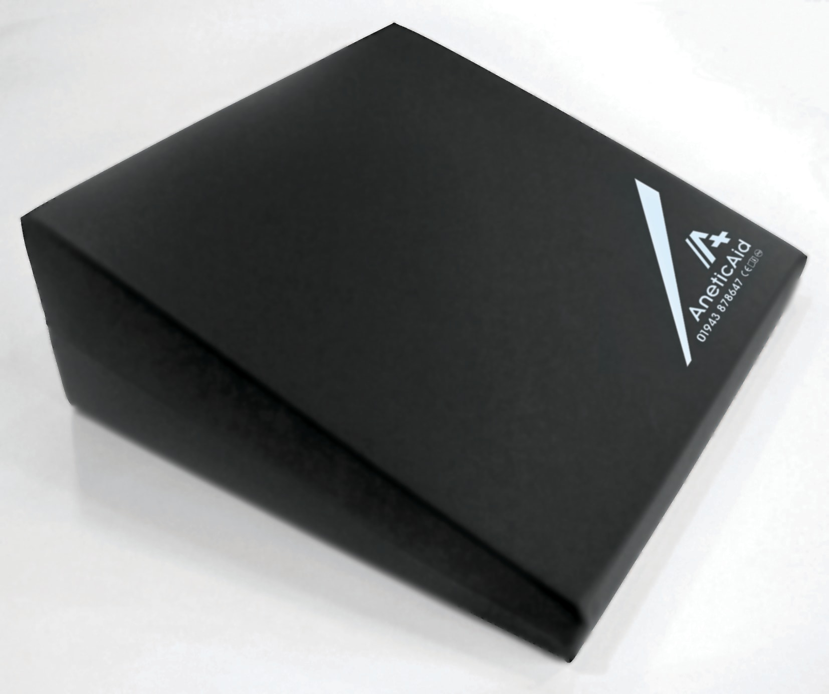 Crawford Wedge Large (550 x 510 x 200mm)