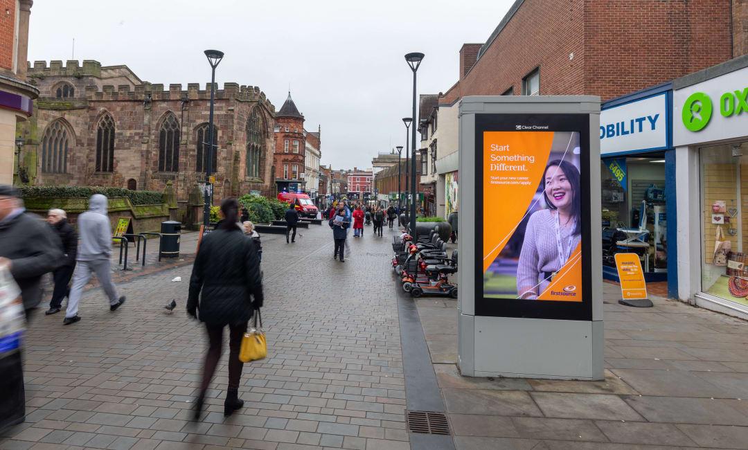 Adshel Live Screen in Derby