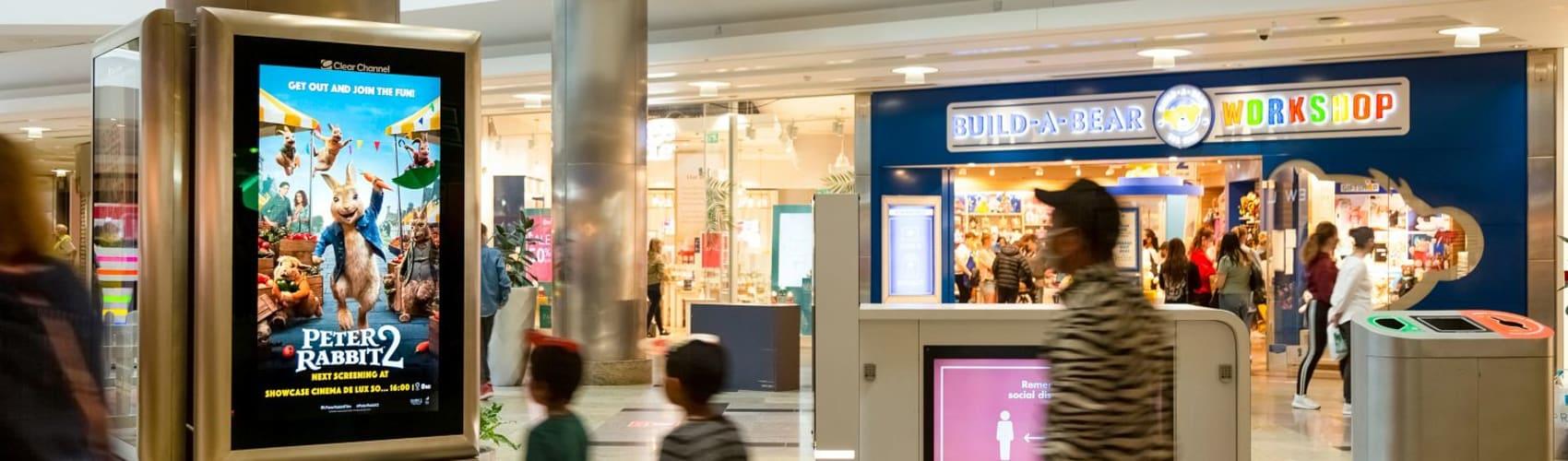 Full motion video creative on malls screen