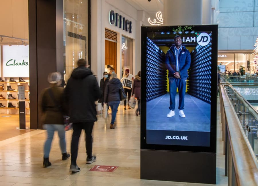 Malls Live Screen in the East Midlands