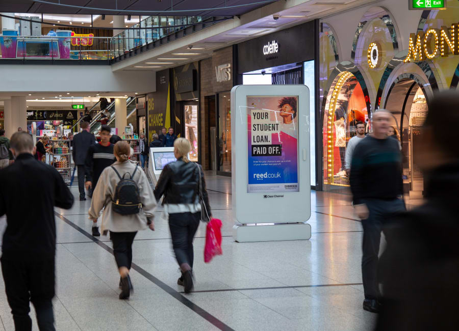 Malls Live Screen in Manchester