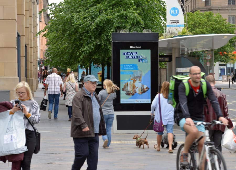 Adshel Live Screen in Dundee