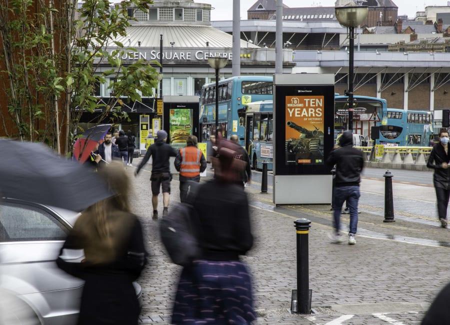 Adshel Live Screen in Liverpool