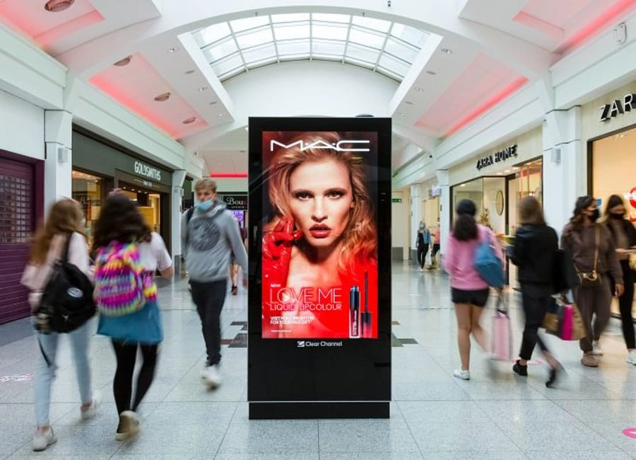 MAC advert on Clear Channel Malls Live