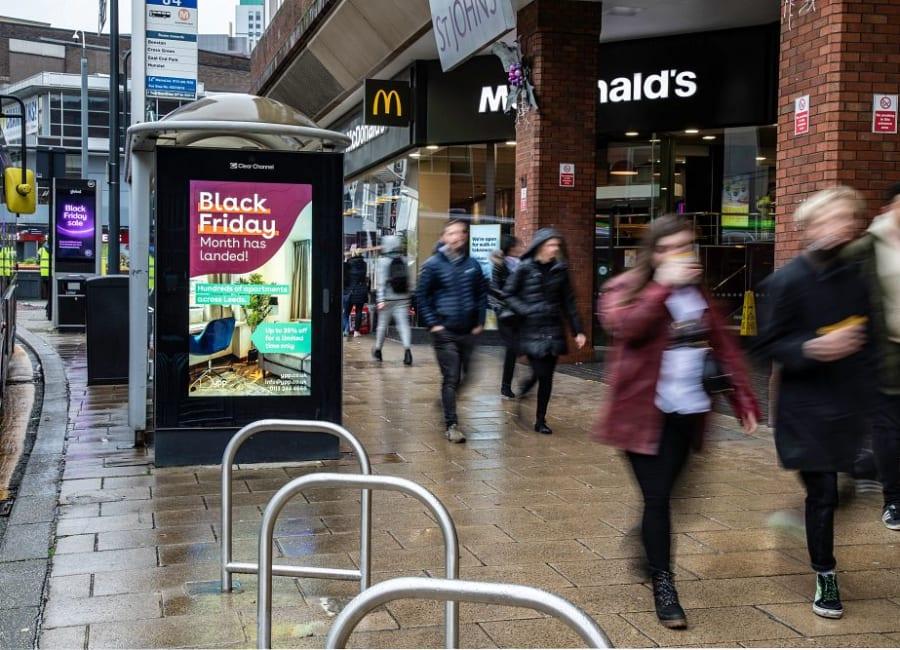 Adshel Live Screen in Leeds
