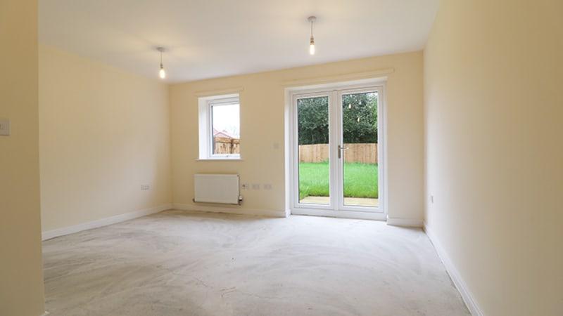 oak-park-2-bedroom-living