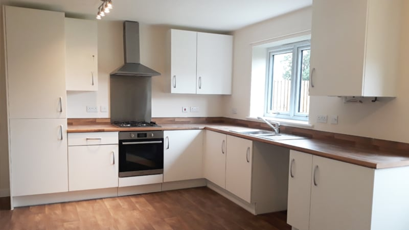 Resized Oak Park 3 bed kitchen