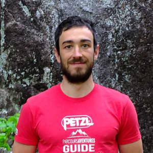 Photo de Cédric Gaudry, guide de via ferrata chez Parcours Aventures