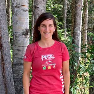 Photo de Laurie Morissette, guide de via ferrata chez Parcours Aventures