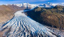 Mourning a glacier