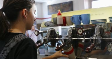 Popular Perth Cafe Antz Inta Pantz has said goodbye to the disposable coffee cup, and adopted other innovative initiatives, to be a more eco-friendly cafe..
