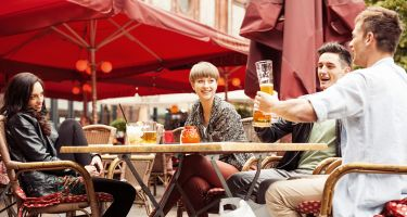 Kicking back having a beer with a German may put you in good stead for boardroom negotiations later on… .