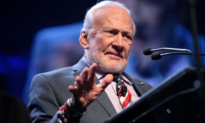 Buzz Aldrin's grand plan to get humans on Mars