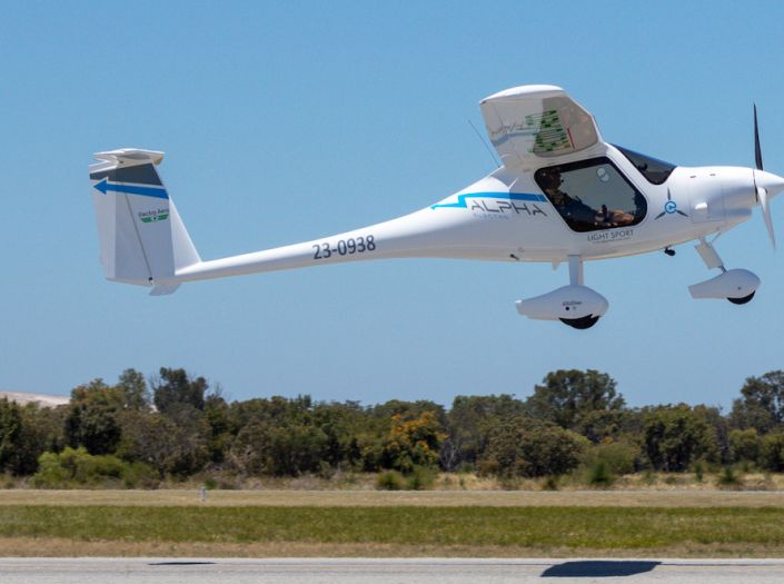 Aussie-first electric plane takes to WA skies