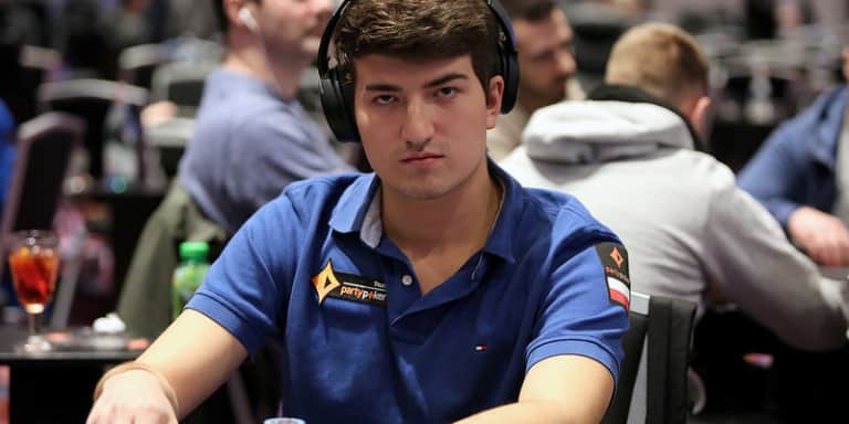 Team partypoker at the WSOP: Urbanovich Goes Close