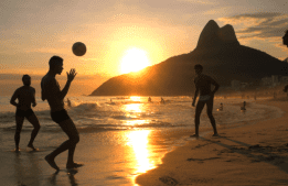 MILLIONS do Rio: a cada semana, 10 pacotes completos na tela do partypoker