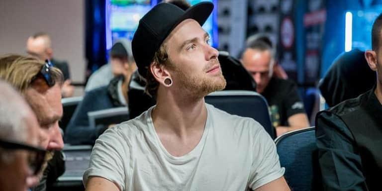 Анатолий Зырин стал вторым в таблице лидеров WSOP-C
