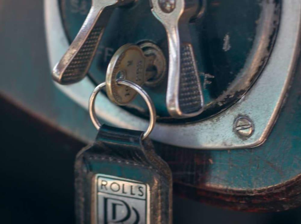 carousel image 330