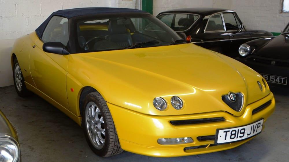 Alfa Romeo Spider Series 3 - 2.0