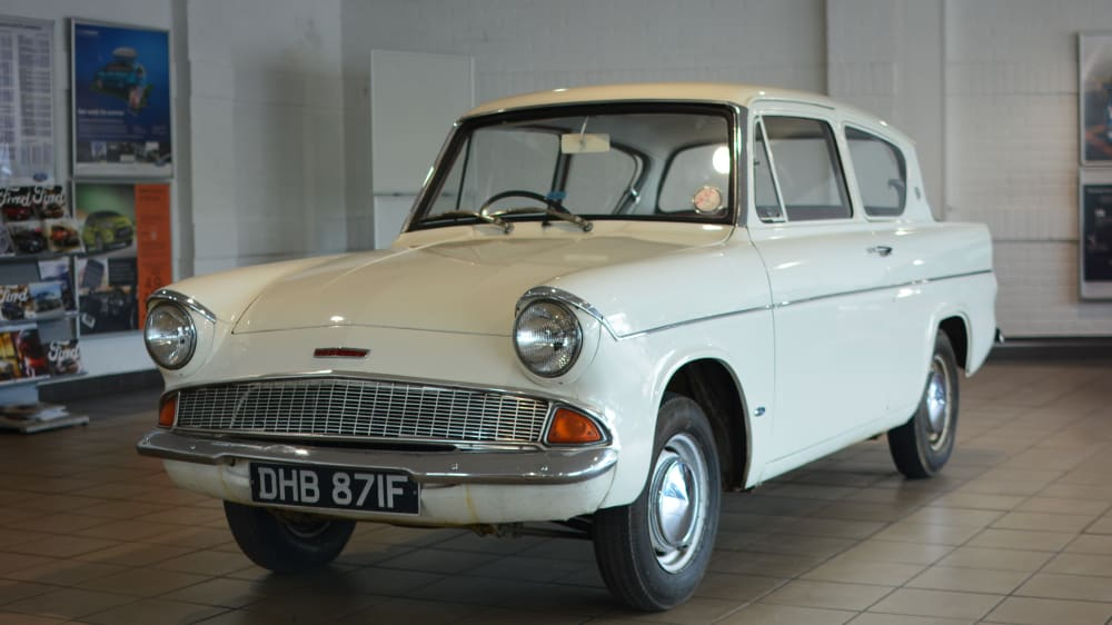 Ford Anglia 100E