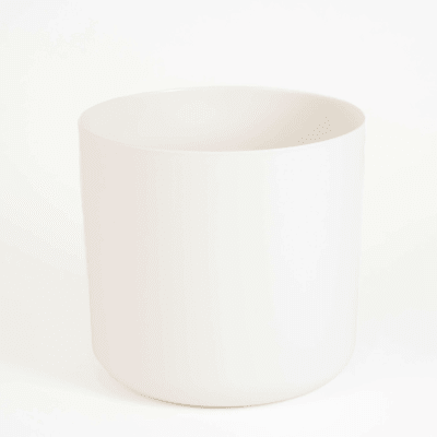 30cm wide straight-edged pot