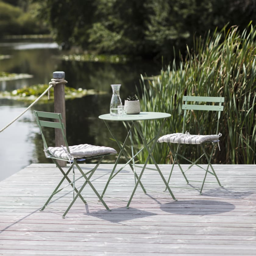 Green Bristro Table and Chair Set