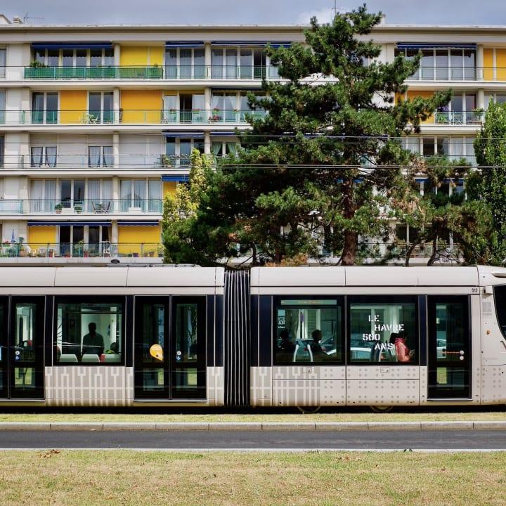 Le Havre Tram on Avenue Foch
