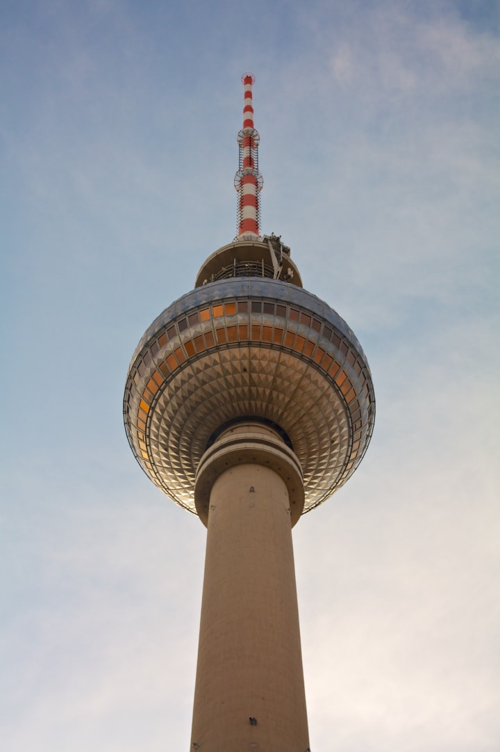 Berlin Fernsehturm (Television Tower)